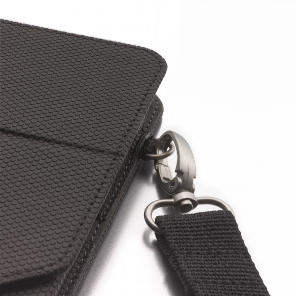 Removable shoulder strap with durable user friendly metal clasps