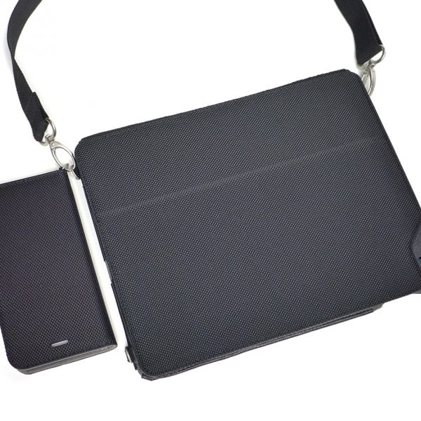 MODEL P1 ATTACHES TO THE OPTIONAL MODEL V3 iPAD CASE